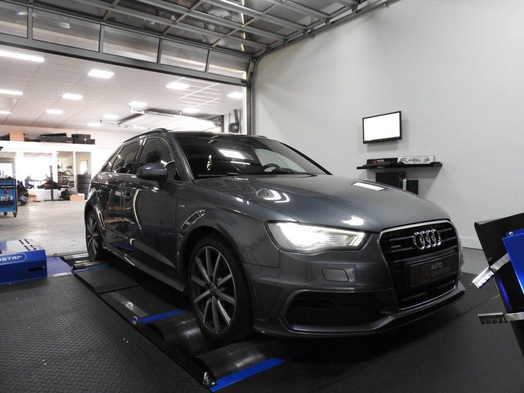 Audi A3 V8