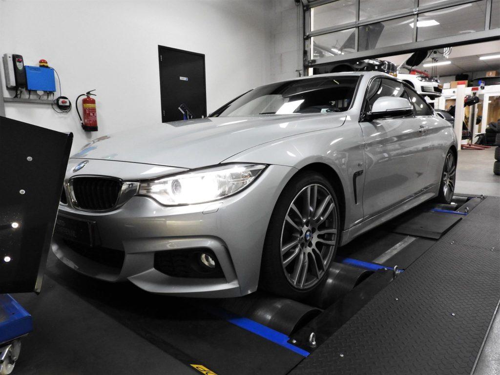 BMW 420i Coupé (F32)