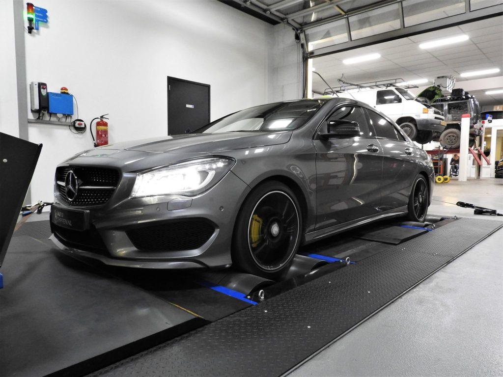 Mercedes-Benz Cla 200 CGi