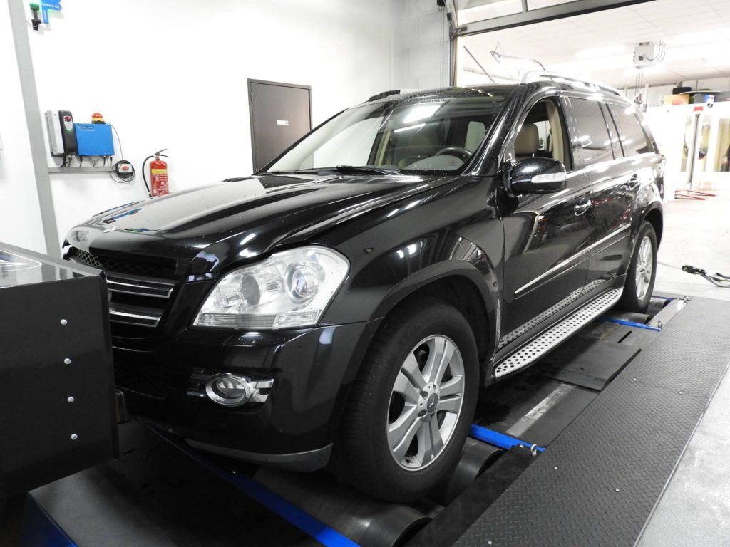 Mercedes Benz GL420