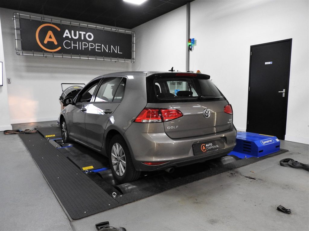 Volkswagen Golf VII 1.2 TSI